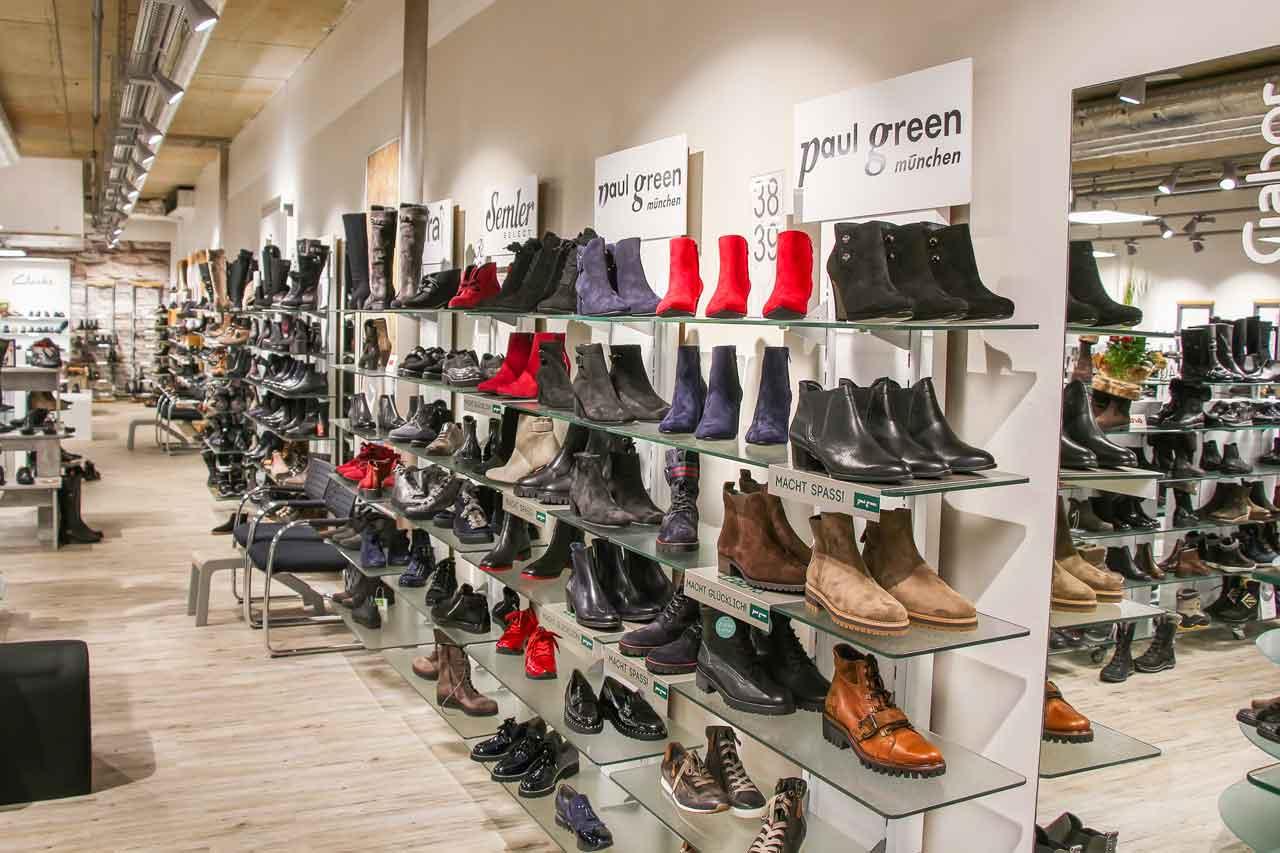 Über 25 Schuhmarken für Damen und Herren. Bei Schuhmode am leo ist für  jeden Geschmack etwas dabei. Egal ob Sie qualitativ hochwertige Schuhmarken  suchen ... 8c14cc4416